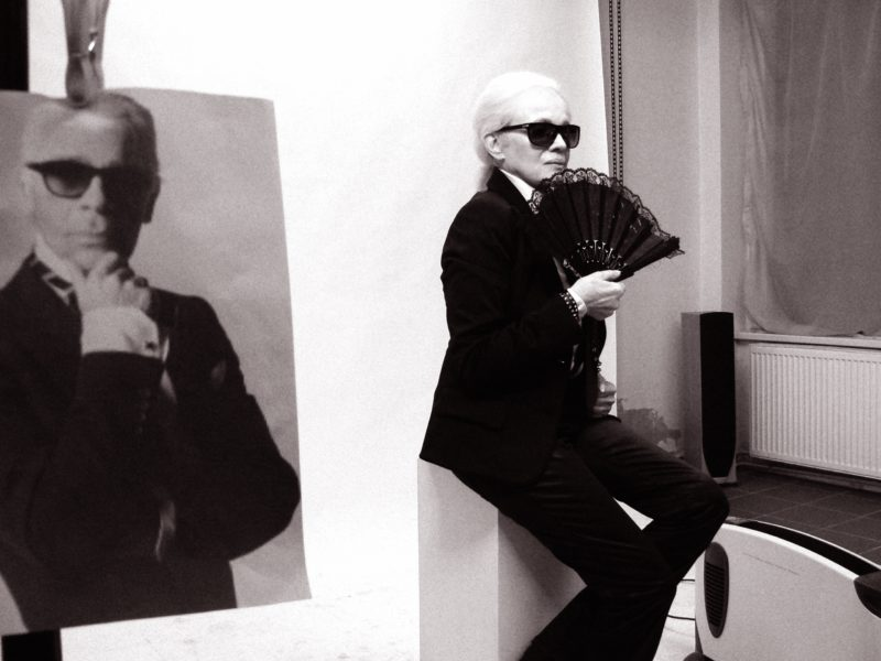 Eva Pilarová jako Karl Lagerfeld