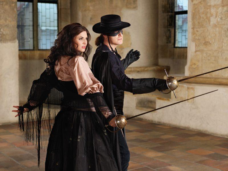Pavel Šporcl a Barbora Kodetová jako Zorro a Elena