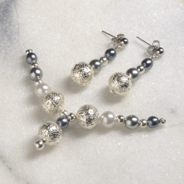 dsc_1287Bižuterie - náušnice a náhrdelník