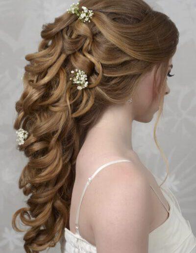 Účes z dlouhých vlasů