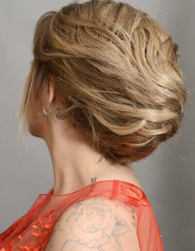 Plesový účes z krátkých vlasů s vycpávkou